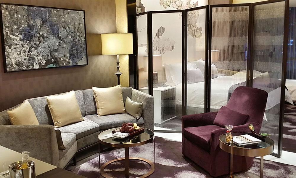 选择广东酒店家具厂比中间商的好处?